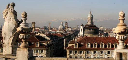 Torino, panorama su via Garibaldi
