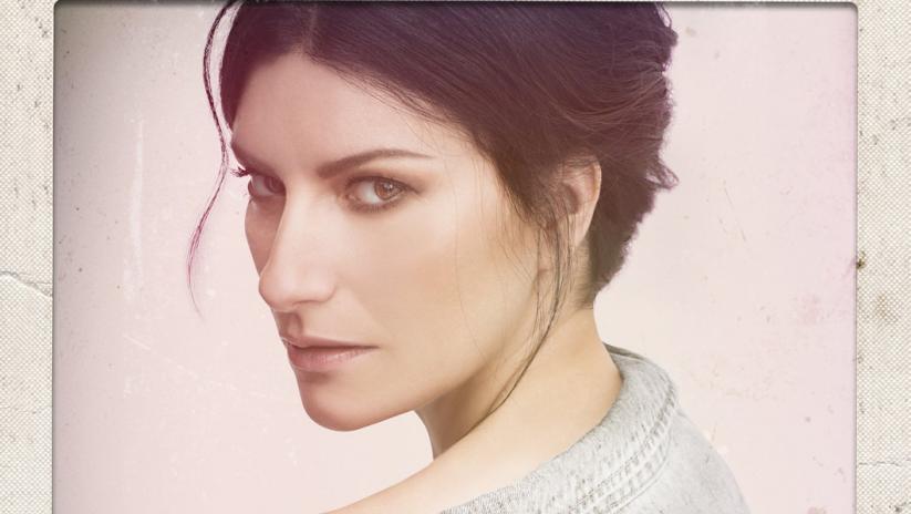 copertina del nuovo album con laura pausini