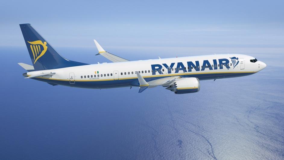 Candidati per lavorare da Ryanair, selezioni a Torino il 10 agosto.