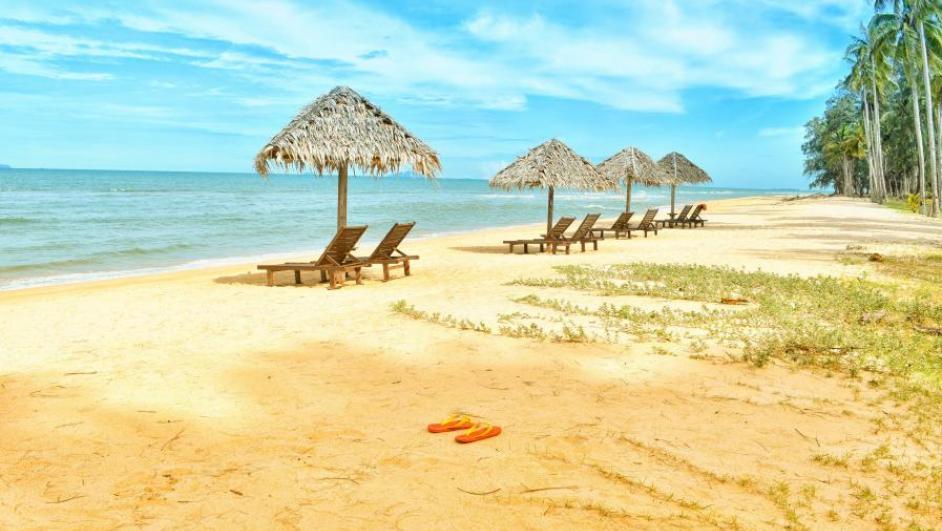 spiaggia turistica