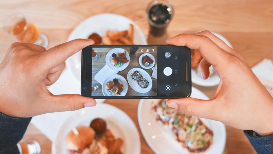 Incontro online del Centro InformaGiovani Foodblogger per passione: l'amore per il cibo sui social
